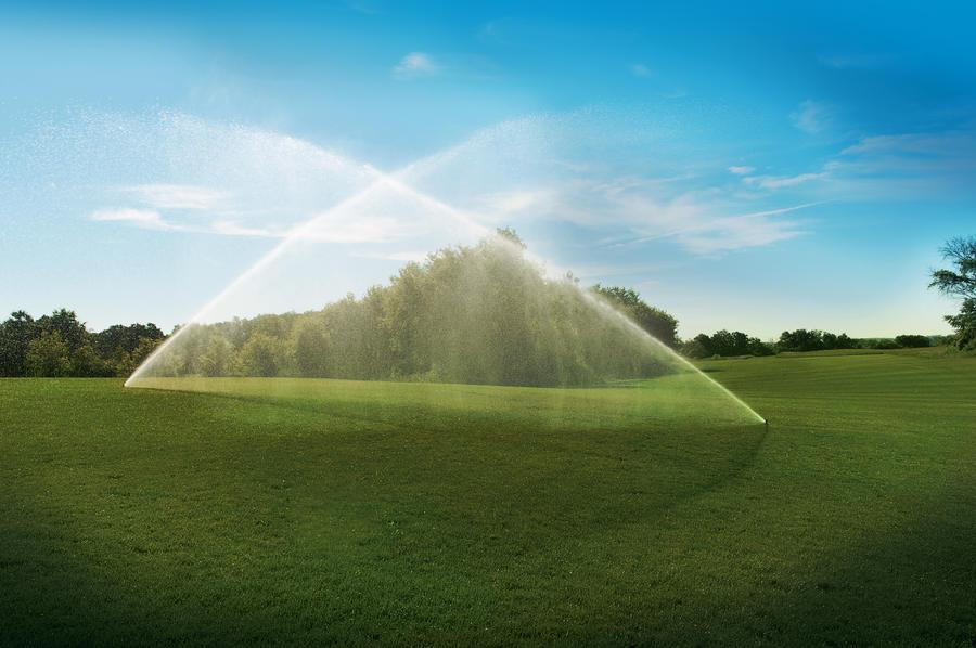 آبپاش مخفی شونده آبیاری فضای سبز